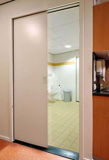 KONE gliding doors are an excellent door solution for silent spaces, like offices, hotels and medical facilities.