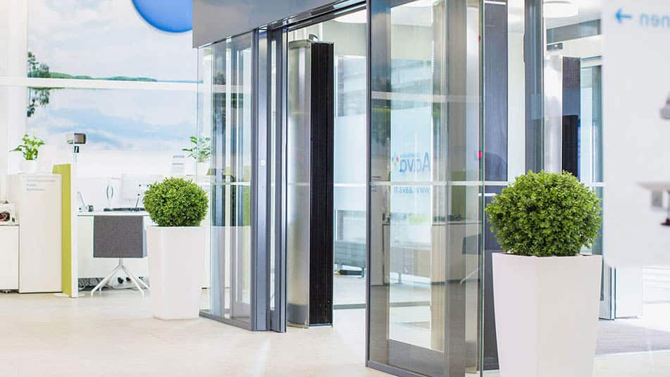 KONE automatic sliding doors maintain smooth people flow at Aava health service centre. & KONE Automatic Sliding Doors